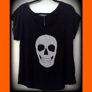 Classic Brand Han White Dot Skull Black Short Slv